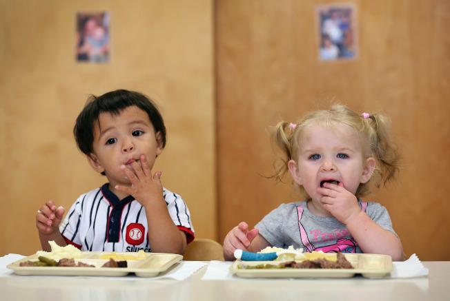 如何改善學校午餐是許多民眾關切議題。(Getty Images)