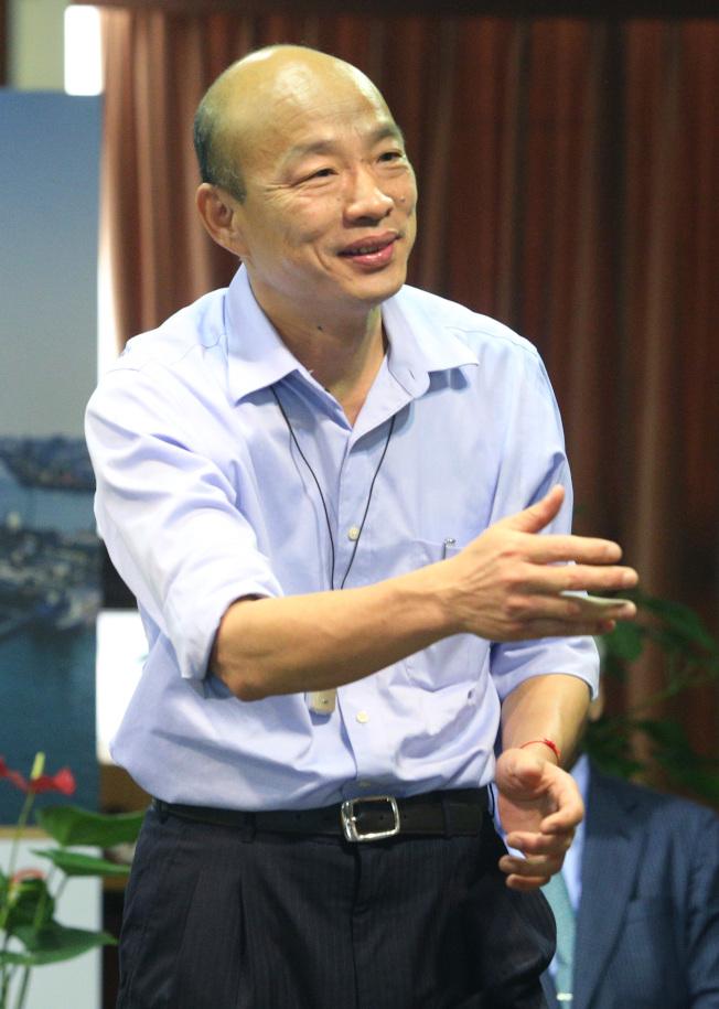 表態參與民進黨總統黨內初選的賴清德18日表示,期待與高雄市長韓國瑜(圖)有一場君子之爭,讓韓國瑜面臨「被參選」的壓力。(本報資料照片)
