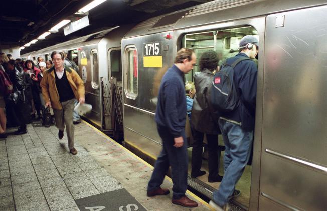 紐約市警局捷運部門主管表態支持終身禁止地鐵性罪案累犯乘搭地鐵。( Getty Images)