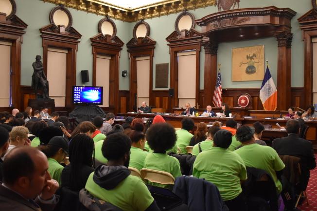 市議會教育委員會20日舉辦2020財年初步預算公聽,針對市教育局的新財年預算討論。(記者顏嘉瑩/攝影)