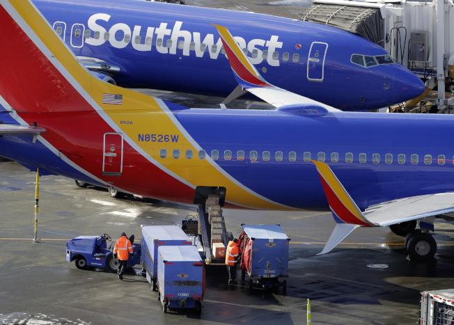 西南航空公司機師工會今天表示,波音公司對737 MAX飛機進行軟體更新後,將須進行以電腦為主的額外訓練;並說他們正在為機師詢問額外資訊。美聯社
