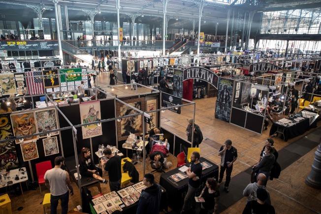第9屆世界紋身展2月中在巴黎舉行,全球300多位紋身藝術家參展。(Getty Images)