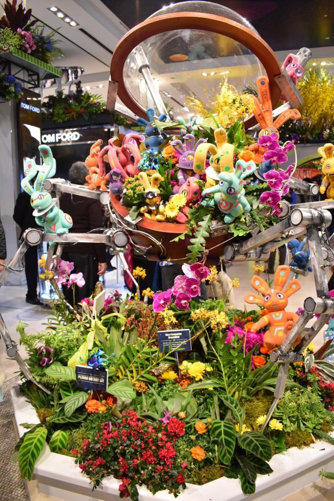 梅西百貨第45屆國際花卉展於24日開幕,吸引大批民眾參觀。(記者顏嘉瑩/攝影)