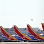 美航續停飛波音737Max  舒默批川普「剪掉FAA翅膀」