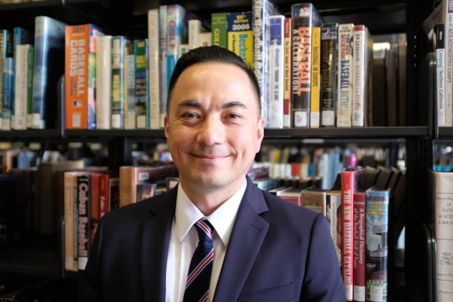 玄柏高獲任命為舊金山公立圖書館新一任館長。(圖片由舊金山市長辦公室提供)