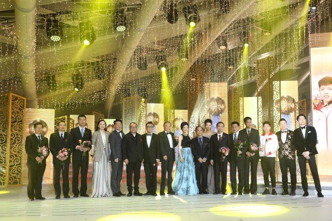 影響世界華人盛典頒獎 嫦四、北斗見證中國驕傲