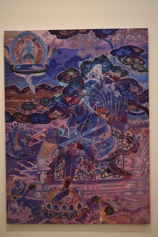 「幻化」的作品隱喻現今時代中的權力系統、信仰和歷史之間的不穩定關係。(記者顏嘉瑩/攝影)