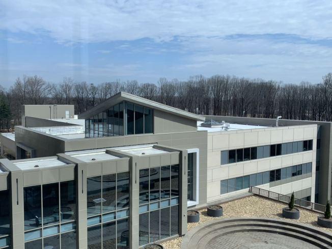 該研究所設備和服務齊全,每天能治療120名患者,並提供各類生活服務。(記者張筠/攝影)