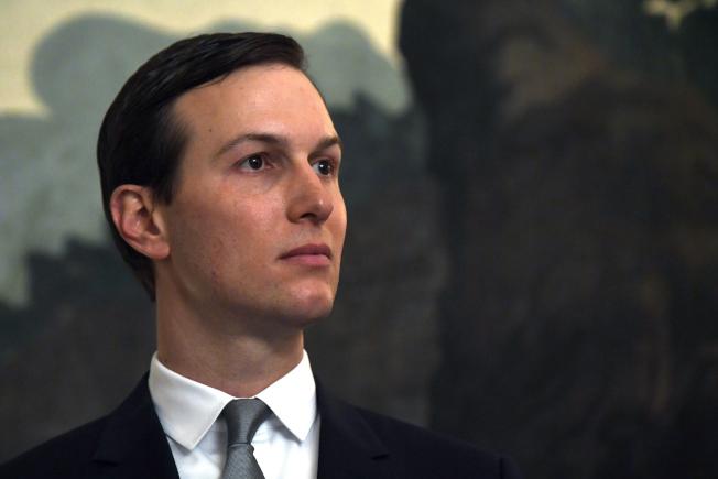 川普的女婿兼高級顧問庫許納正悄悄研擬計畫,以擴大讓某些合法移民到美國。(美聯社)