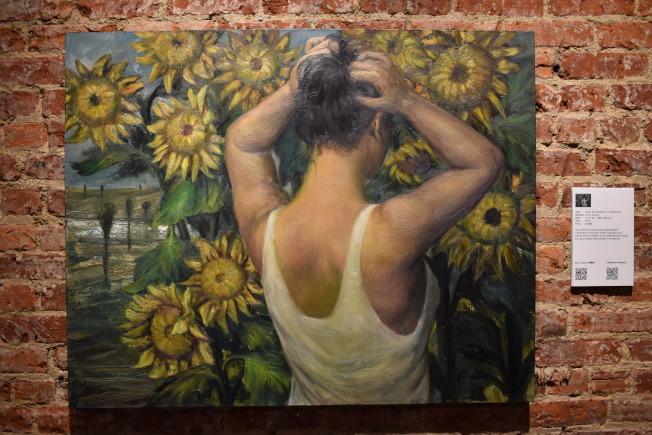華裔畫家薛耀軍個展「鄉歸何處」,即日起至26日在曼哈頓中城展出。(記者顏嘉瑩/攝影)