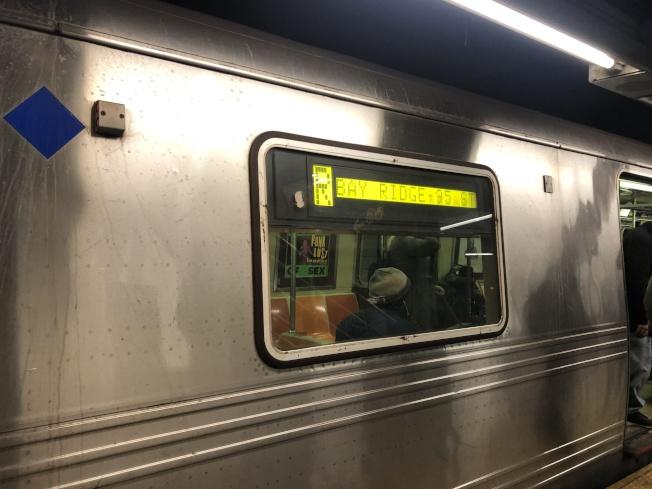 周末地鐵線路會有變更。(記者金春香/攝影)