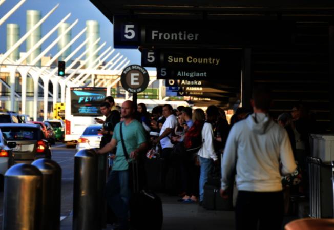 洛杉磯國際機場的擴建方案預計帶來更多遊客。(本報檔案照片)