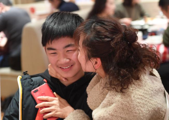 本周雙子座不要吝嗇講「我愛你」這三個字。(中新社資料照片)