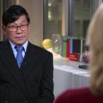 兩年了!遭聯航施暴華裔醫師首露面 稱受歧視才拒下機