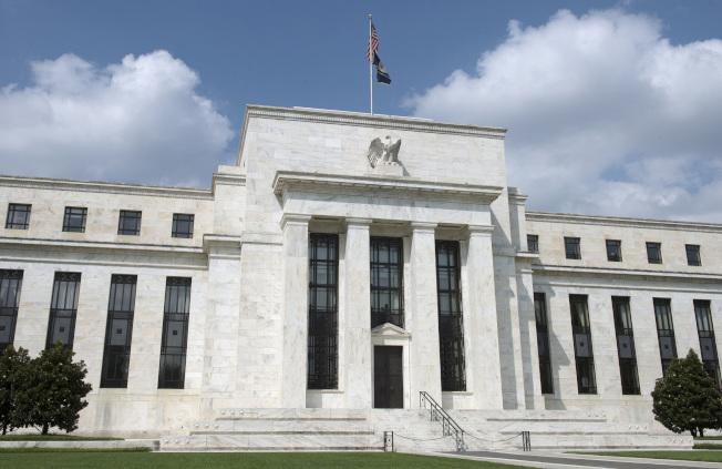 Fed年底前不升息,股指全面上揚。(美聯社)