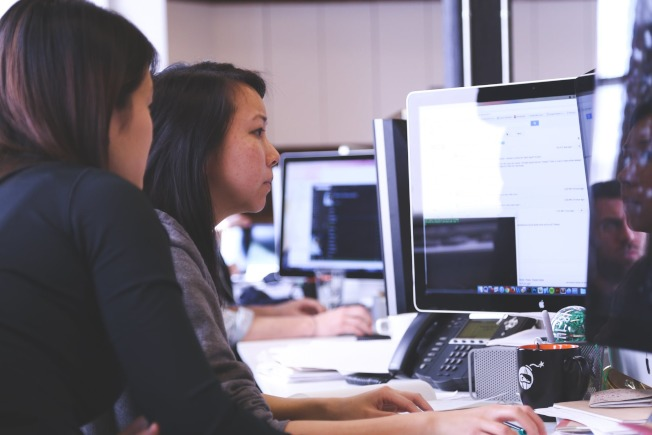 專業機構建議,立法部門應該考慮推出大規模職技訓練計畫。(Pexels)