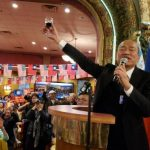 〈圖輯〉 韓國瑜訪美 韓粉狂喊:選總統 救台灣