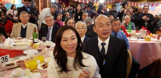 高雄市長韓國瑜與妻子李佳芬一同出席。記者唐嘉麗/攝影