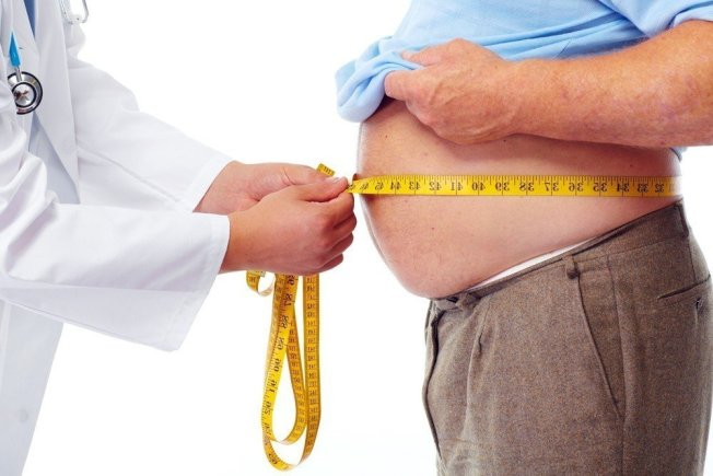 腰圍肥胖會增加多種疾病風險,包括心臟病和糖尿病。今年發表在美國神經病學學會「神經學(Neurology)」期刊的研究顯示,腹部脂肪過多也會影響大腦健康。