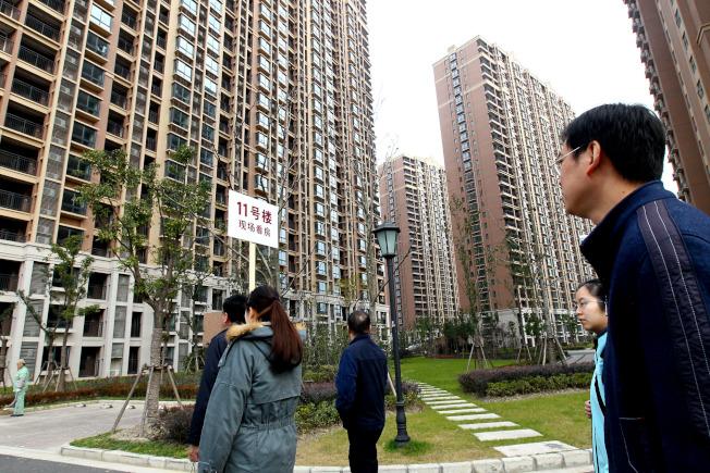 無視房市降溫風險,保險企業在房地產投資持續成長。(新華社資料照片)