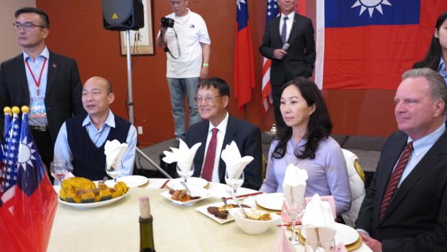 高雄市長韓國瑜訪美行程來到北加州,美西時間14日晚間與當地僑胞餐敘,也獲頒榮譽市民。記者王慧瑛/攝影
