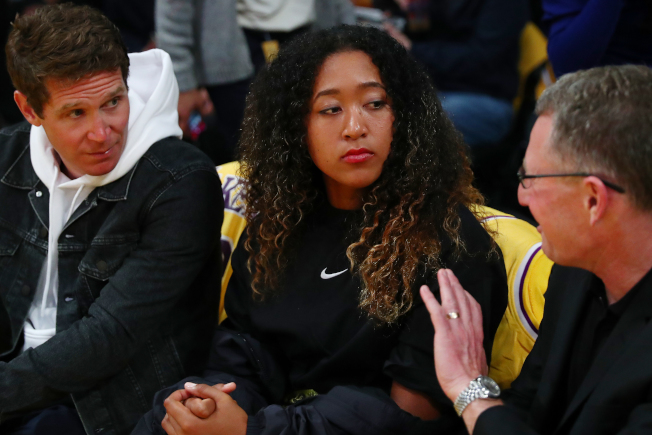 大坂直美4月初到現場看湖人隊比賽,已穿上Nike服飾。(Getty Images)