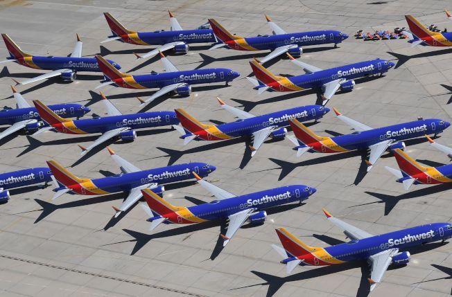 川普建議波音將機型改名,以重塑品牌形象。(美聯社)