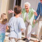 美國祖父母年花1790億疼孫 背卡債也願意