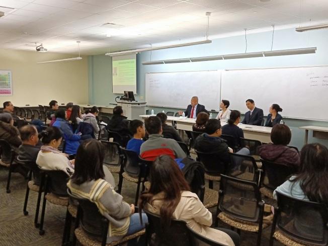 助青少年發展教育 科工專辦「未來職業選擇研討會」。(科工專提供)
