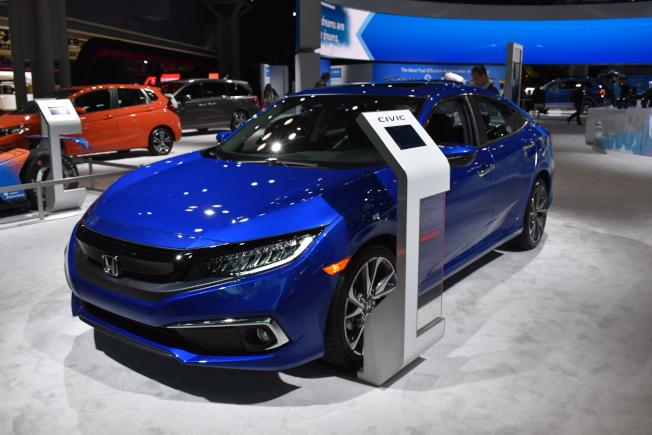 「2019紐約國際車展」將於19日開展,展出約1000輛不同車款。(記者顏嘉瑩/攝影)