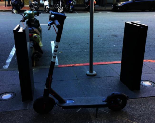 市府要求電動滑板車公司提高在低收入群體中的使用率。(本報資料照片)