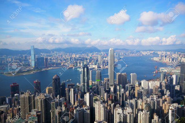 多家航空公司爆發機票戰,由金山飛香港,來回機票最低只要416元。(Getty Images)