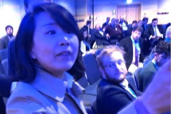 央視女記者孔琳琳未到庭應訊,英國法官向她發出拘捕令。(視頻截圖)