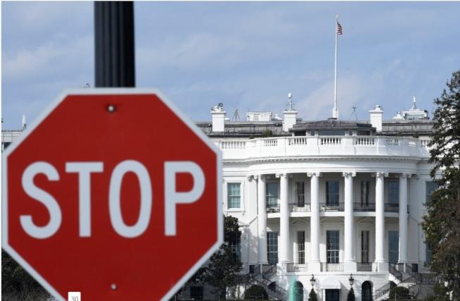 白邦瑞認為川普揚言發動全面貿易戰,並非虛張聲勢。圖為美國白宮。(新華社)