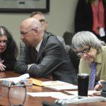 虐待12子女! 加州「恐怖屋」父母判無期徒刑