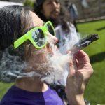 移民碰大麻 入籍申請恐被拒 在合法化州恐也打回票