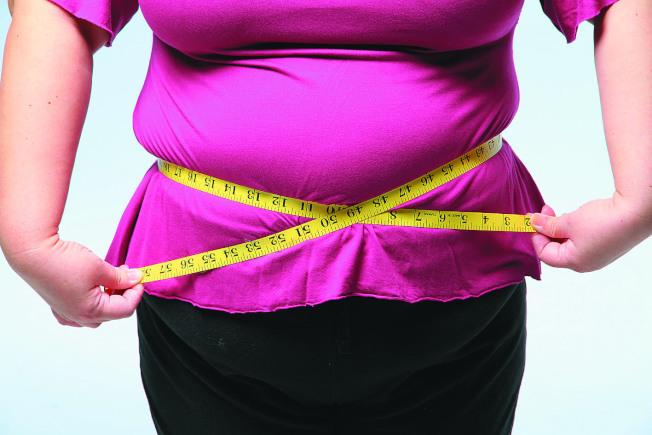 醫師指出,體質的確影響體重,體態較纖瘦的人,其交感神經活性較高,新陳代謝較快,體態較肥胖的人則剛好相反。(本報資料照)