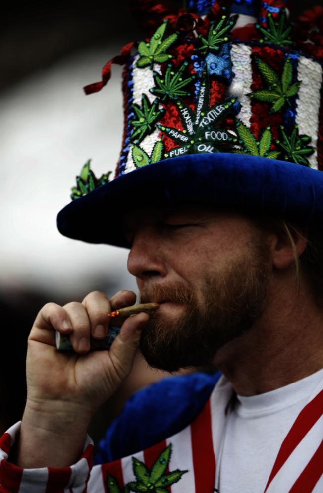 申請入籍公民者只要吸大麻,都有可能面臨被拒的風險。(美聯社)