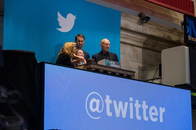 有分析師認為,川普若不再發表推文,推特市值將損失慘重。(Getty Images)