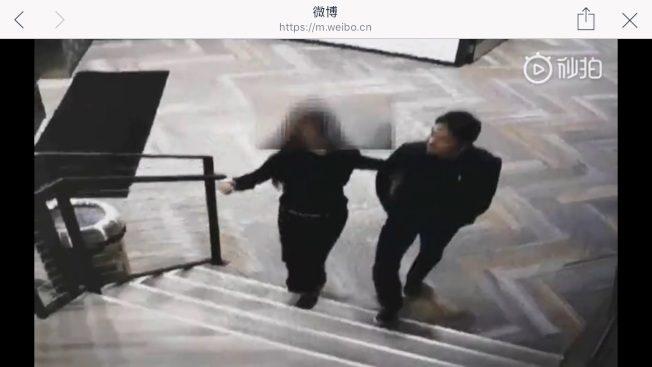 強暴案反轉?女生挽劉強東進公寓 律師有話說