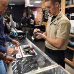 新州購槍規費擬提高20倍  槍械識別卡申請費5元變100元