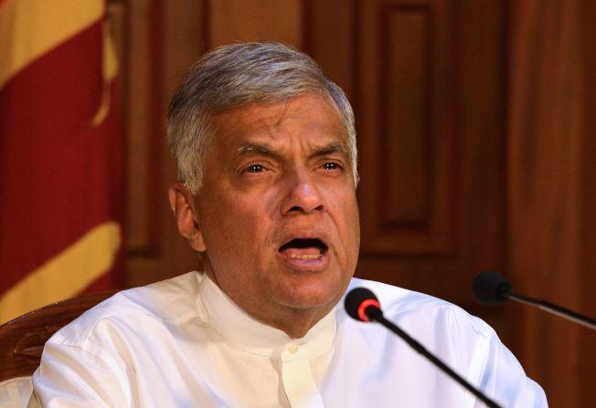 斯里蘭卡官方早就接到恐襲情報,卻因政爭而遲不採行動,終釀成大慘劇。圖為斯里蘭卡總理威克瑞米辛赫。(Getty Images)