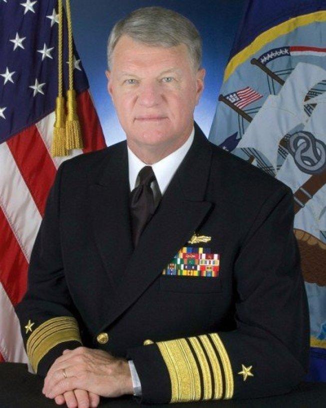 美國退役海軍上將羅福賀。圖取自維基百科