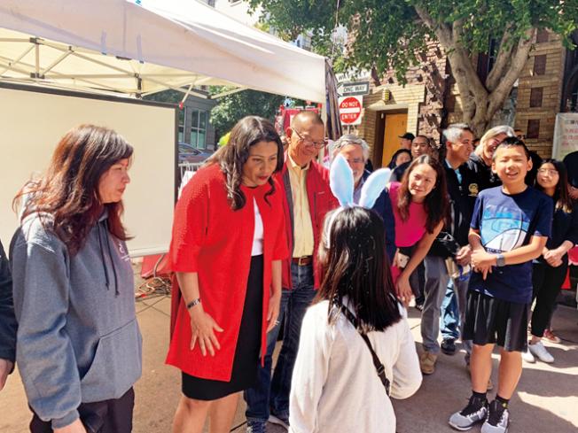 社區青年中心迎春。(照片由市長辦公室提供)