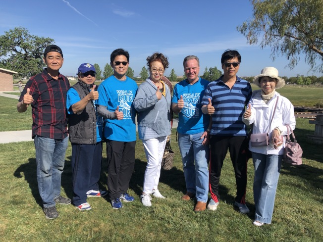 聖縣新竹縣姐妹縣委員會於聖荷西Martial Cottle Park舉辦走跑籌款活動,眾多僑社、僑胞熱情響應。(記者林亞歆/攝影)