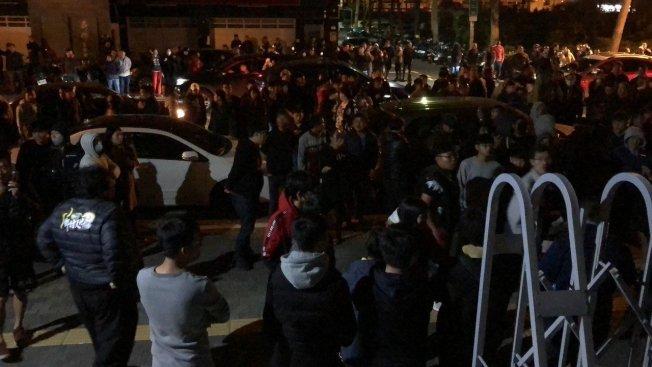 台南虐童致死案,引發社會各界關切,大批民眾前往台南地檢署了解強制處分。(本報資料照片)