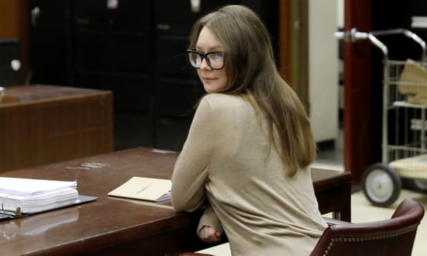 安娜3月底抵達紐約法院。美聯社