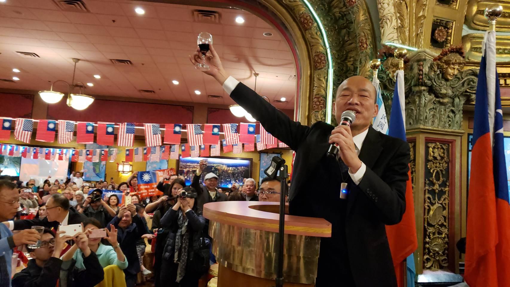 韓國瑜呼籲僑胞-明年1月11日回台投下神聖的一票 。記者唐嘉麗/攝影