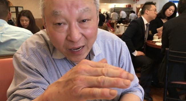 北維富豪區七號公路旁的「金園」店東鄭Allen表示,中餐業主經營的難處,大同小異,他對中餐業永續經營的未來,感到悲觀。(許惠敏/攝影)