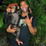 驚!黑猩猩竟然會滑手機、逛Instagram